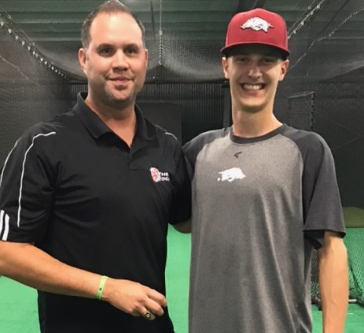 Trey Valka Commits to Arkansas